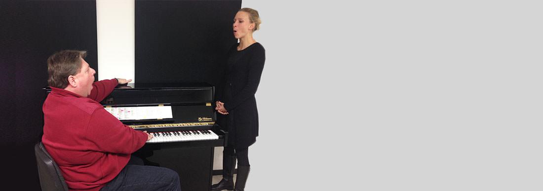 werner stimm am klavier